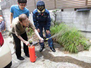 20150611防災時の避難訓練を野方消防署立会いのもと行いました。2