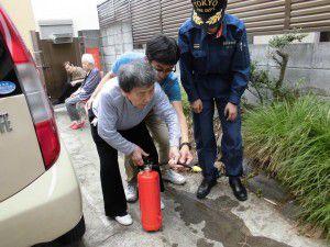 20150611防災時の避難訓練を野方消防署立会いのもと行いました。3