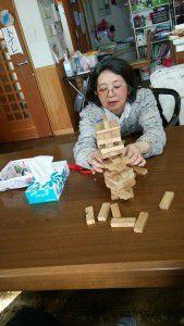 20150126ジェンガという積み木崩しゲームが密かなブームです。5