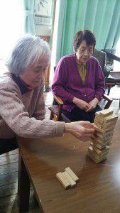 20150126ジェンガという積み木崩しゲームが密かなブームです。4